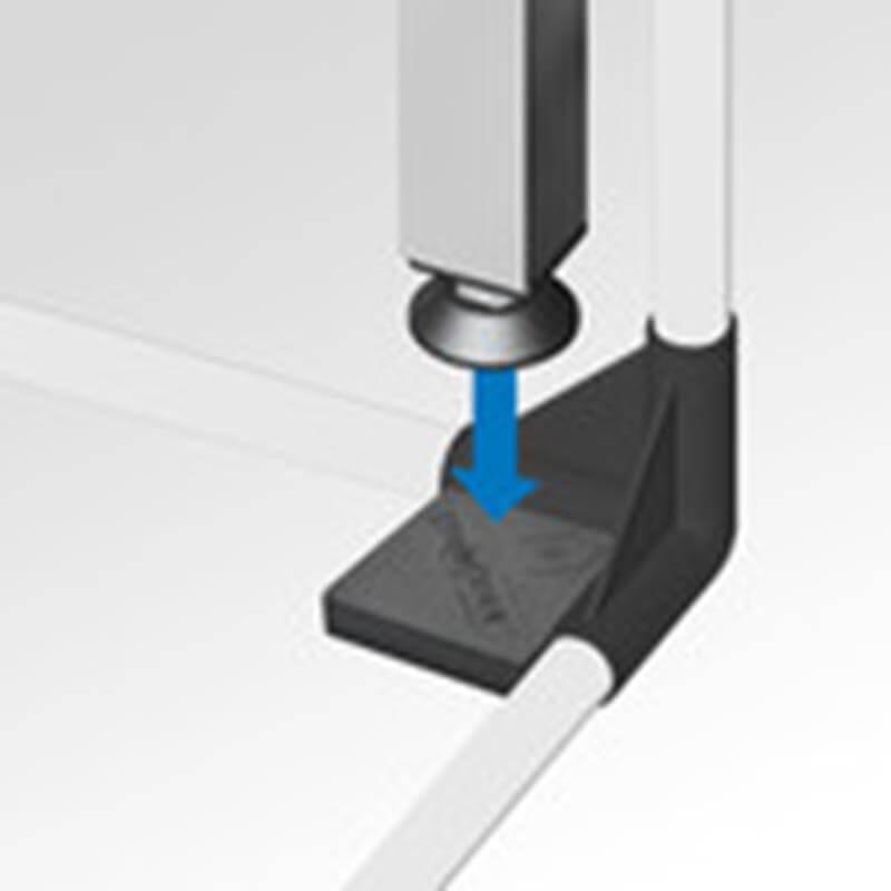 Connector Plate von growTOOL aufschieben auf HomeBox Eckverbinder.