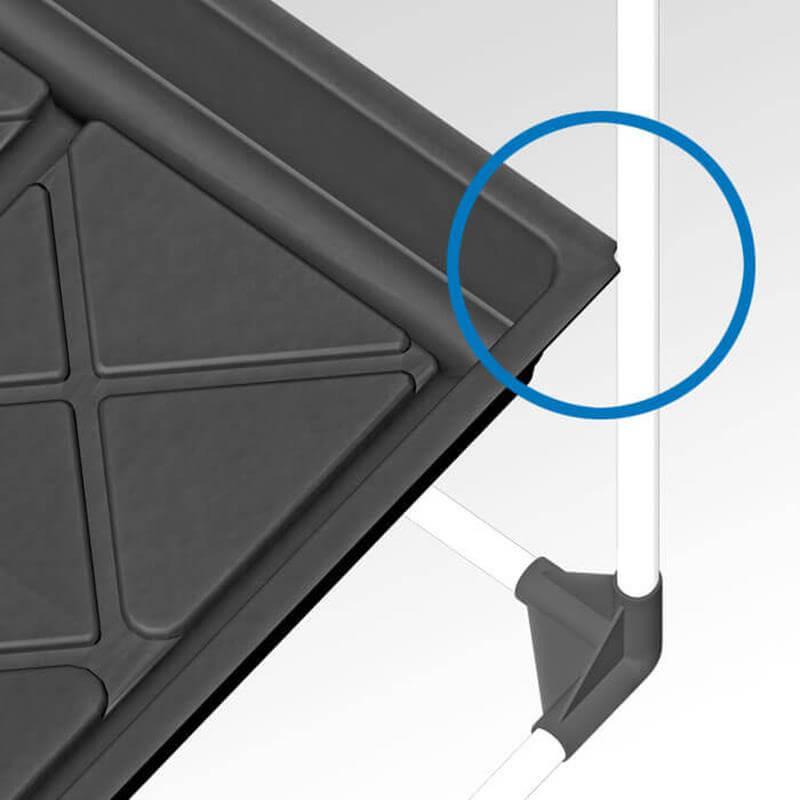 growTable ausgeschnittene Fluttisch-Ecken für passgenauer Aufbau in einer Growbox.